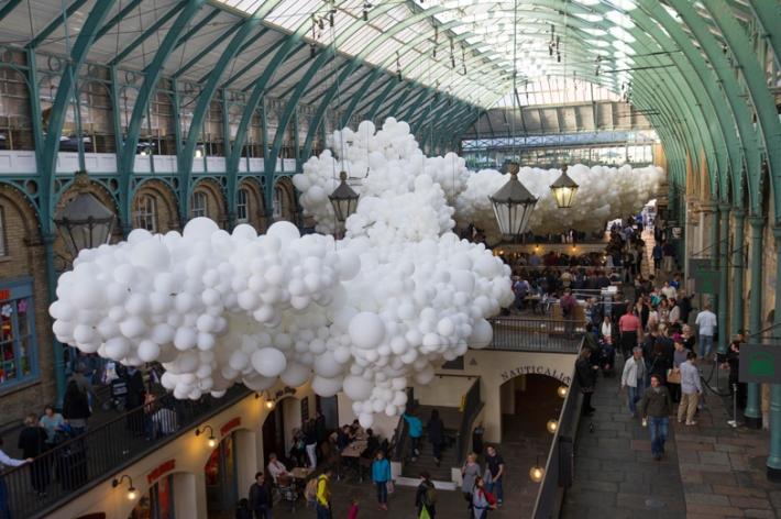 Charles-Petillon-Heartbeat-balloons-installation-at-Covent-Garden-market-London_dezeen_ss_2